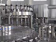 CGF三合一饮料灌装机