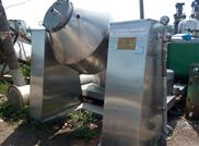 长期出售二手4000升不锈钢双锥干燥机