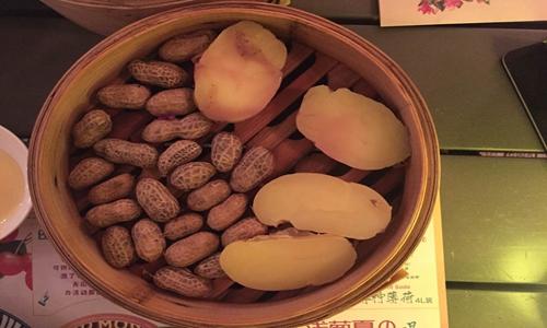 """粉碎機助力紅薯成致富""""黃金果"""" 其操作方法需講究"""