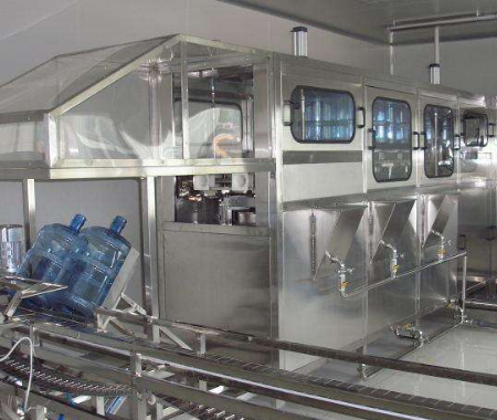 桶装水灌装设备